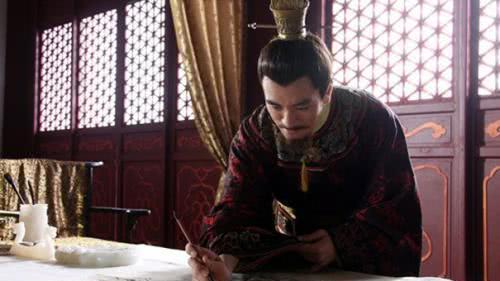 皇帝认了个妹妹, 加以优待, 太后直接斥责: 那是假的