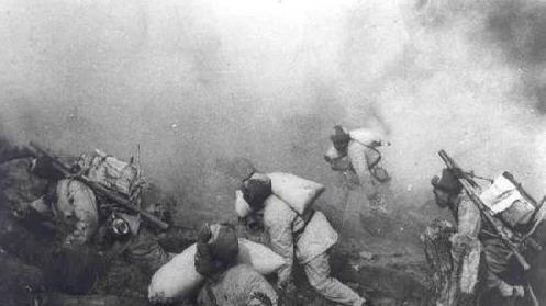 美国在上甘岭战役惨败后, 蒋介石说了10个字, 字字戳心!