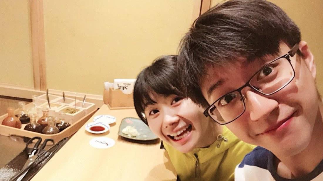 江宏杰发文宣布福原爱怀二胎已六个月, 细节透露二胎疑是个男孩