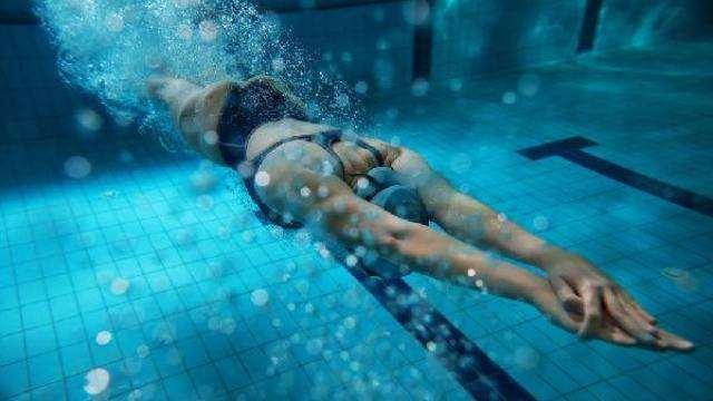 游泳并非绝对安全的运动, 损伤也有很多, 这些注意事项你要知道