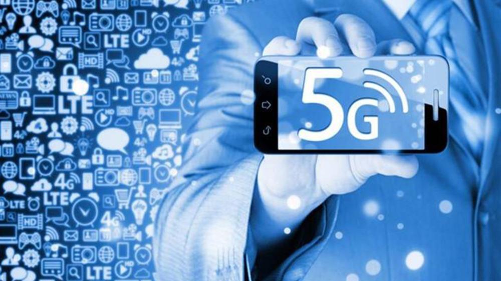 """拒绝华为后果""""严重"""", 5G技术不到位, 美国运营商被指推出假5G"""