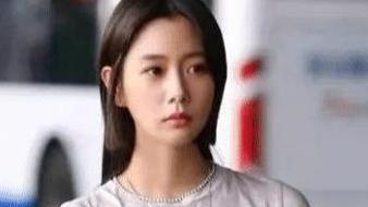 在韩国号称第一美女, 因丑闻离开, 今又在中国爆红!