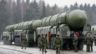美专家称俄罗斯不守规矩偷藏大量核武, 俄用这招对付中国也能学学
