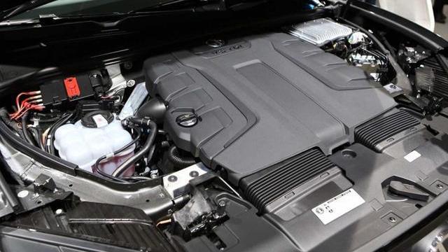 最?#30475;?#20247;SUV来了!柴油版V8途锐,宾利同款发动机,4.9秒破百