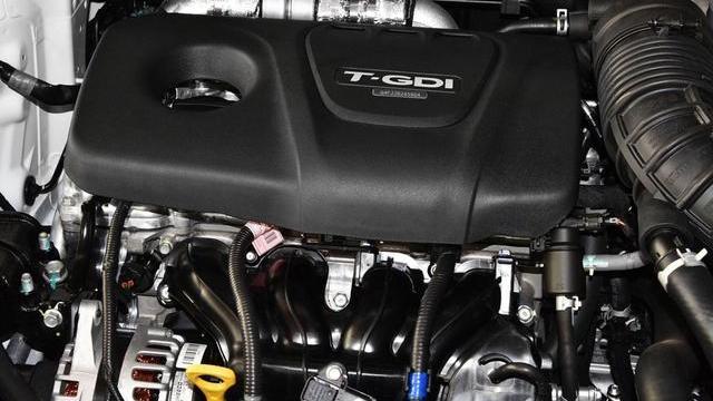 全新合资SUV,标配电子手刹,自动档7速双离合,油耗6L,12万起售