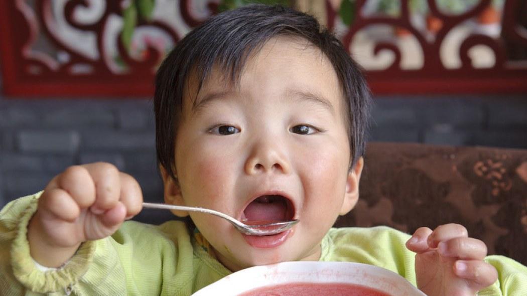 这几种食物可能导致孩子性早熟,很多家庭还爱做给孩子吃