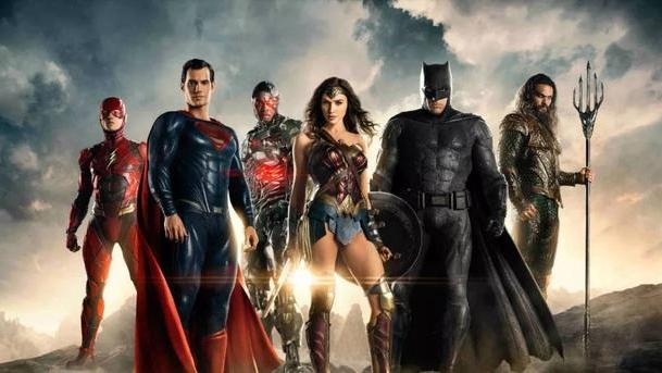 DC电影宇宙的失意之作,拧巴的《正义联盟》学不会漫威也丢了自己