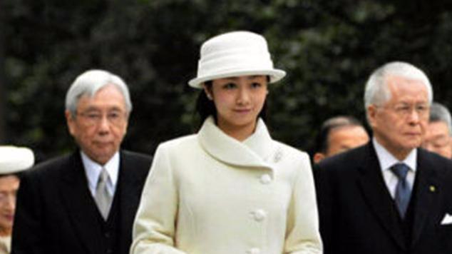 日本皇室公主:爱子嫡公主被骂狂减肥,佳子公主却成全民偶像