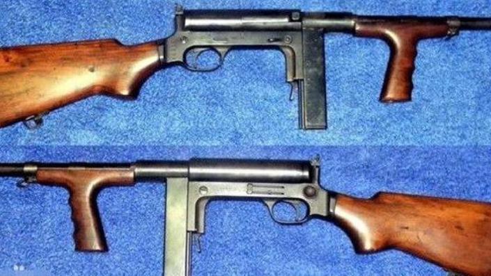 八路军手中的四把手提机枪: 第二把被称花机关, 第三把其实是手枪