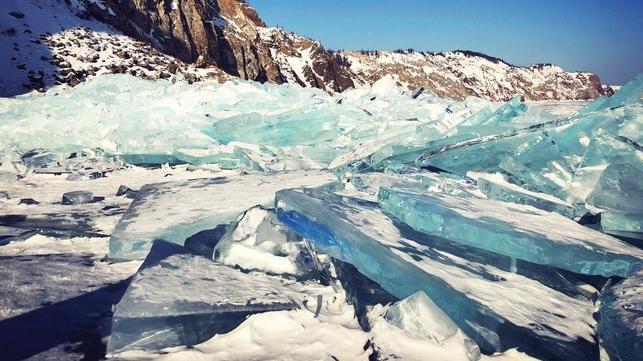 俄罗斯的寒冬,?#29992;览?#30340;蓝冰中,我看见了童话