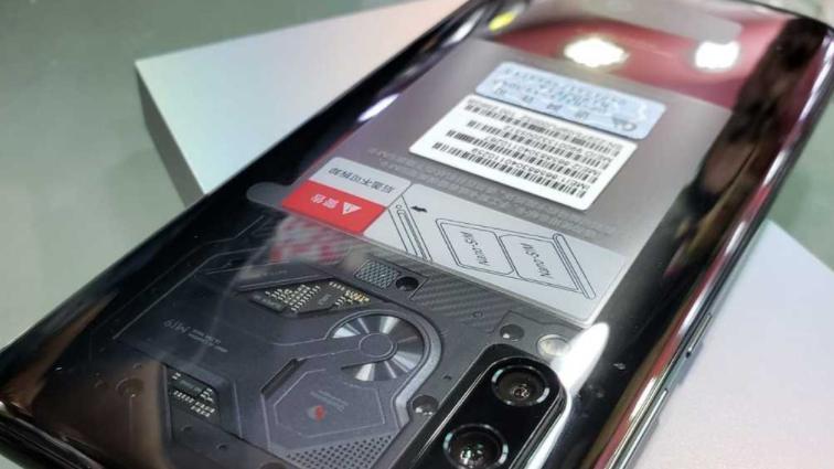 小米9透明版来袭,仅比标准版贵700元