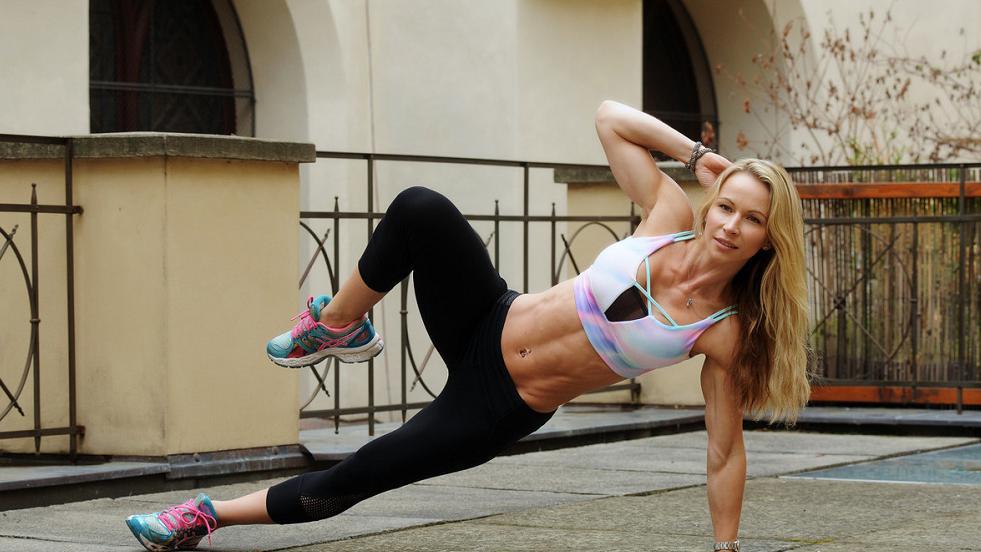 在家提臀瘦腿减肚子, 9个动作, 简单粗暴, 助你高效燃脂瘦全身