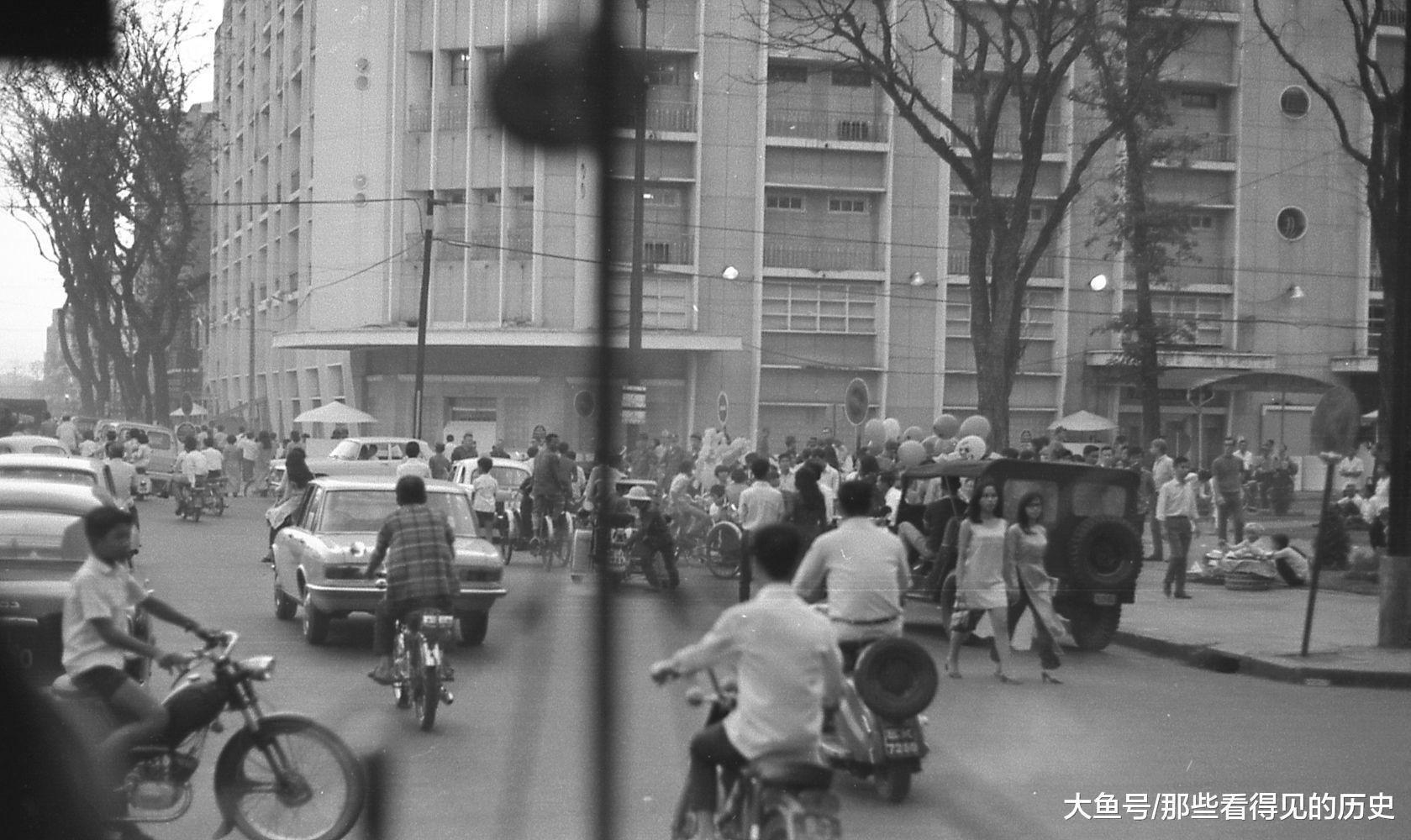以前的西貢,很是繁華,被稱為東南亞的小巴黎。