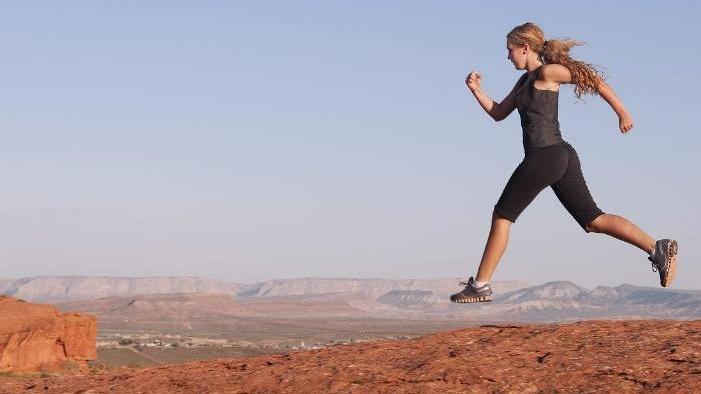 把这3件事做好,跑步的时候膝盖更安全,科学跑步很重要