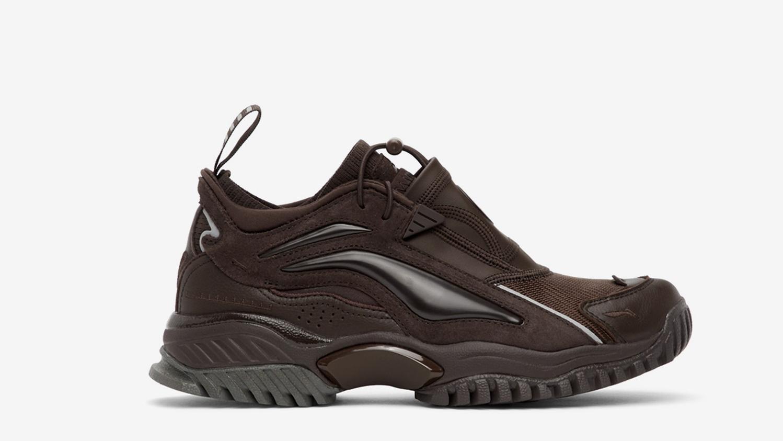 为年底狂欢季准备好的运动鞋们