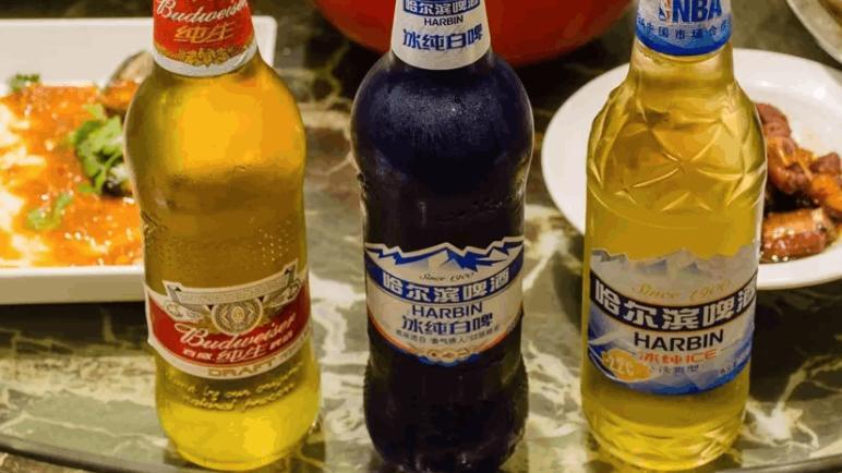 """啤酒瓶装和罐装有啥不同?老酒鬼道出""""猫腻"""",以后别再乱买!"""