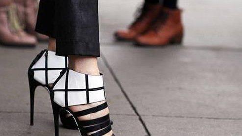 真正有内涵的女人,鞋柜中会常备这4双鞋,搭裙子裤子都很显气质