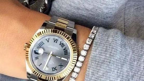 女款劳力士的手表,秀气且高贵