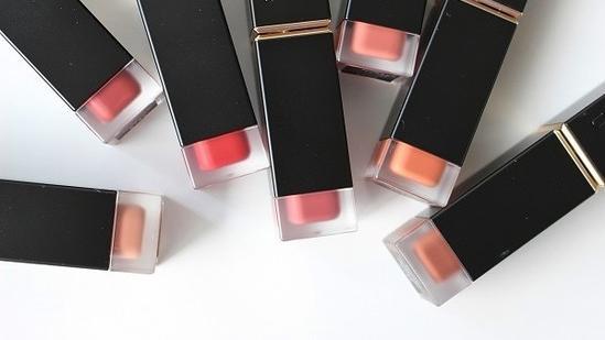 日本化妆品牌SUQQU,2020年9月唇膏新品上市,柔光系7色评测
