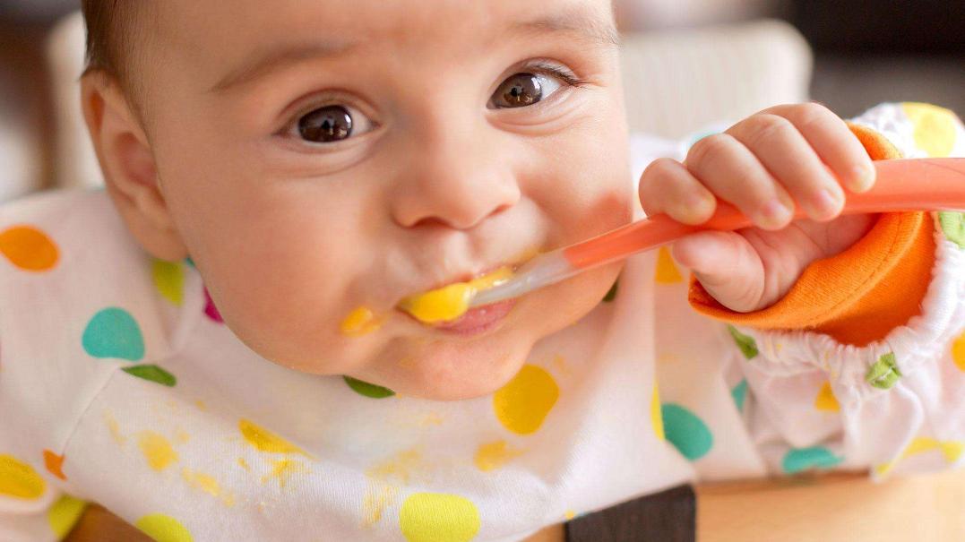 宝宝的副食品添加,伤透脑筋,婴儿奶粉的选择