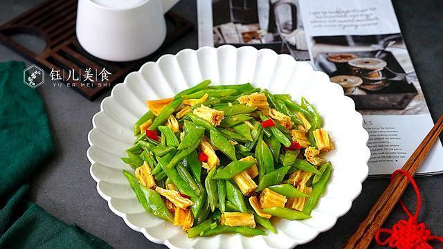 处暑将至,天气干燥这菜要吃起来,好吃不贵营养足,肠胃也舒坦了