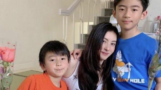 张柏芝急售香港豪宅,降价三次无人出手,背后原因引人猜疑?