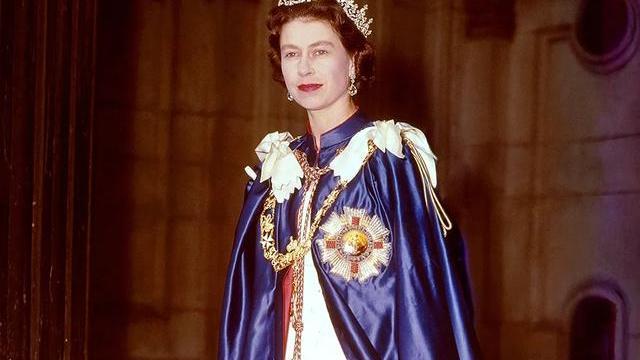 94岁英国女王伊丽莎白二世 20个最时尚的时刻