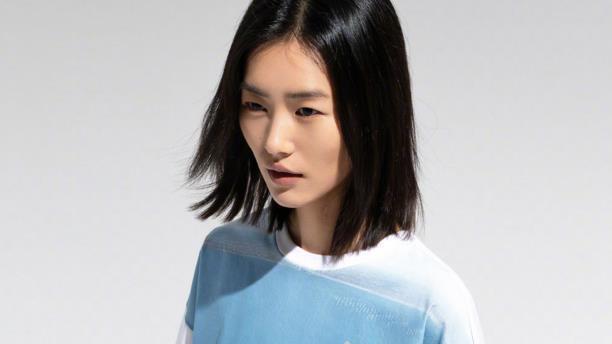 "PUMA与刘雯联名系列发布!复古经典风袭来,""摩登格调""完美演绎"