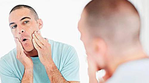 肌肤长痘如何修复 男士祛痘消炎面膜安利
