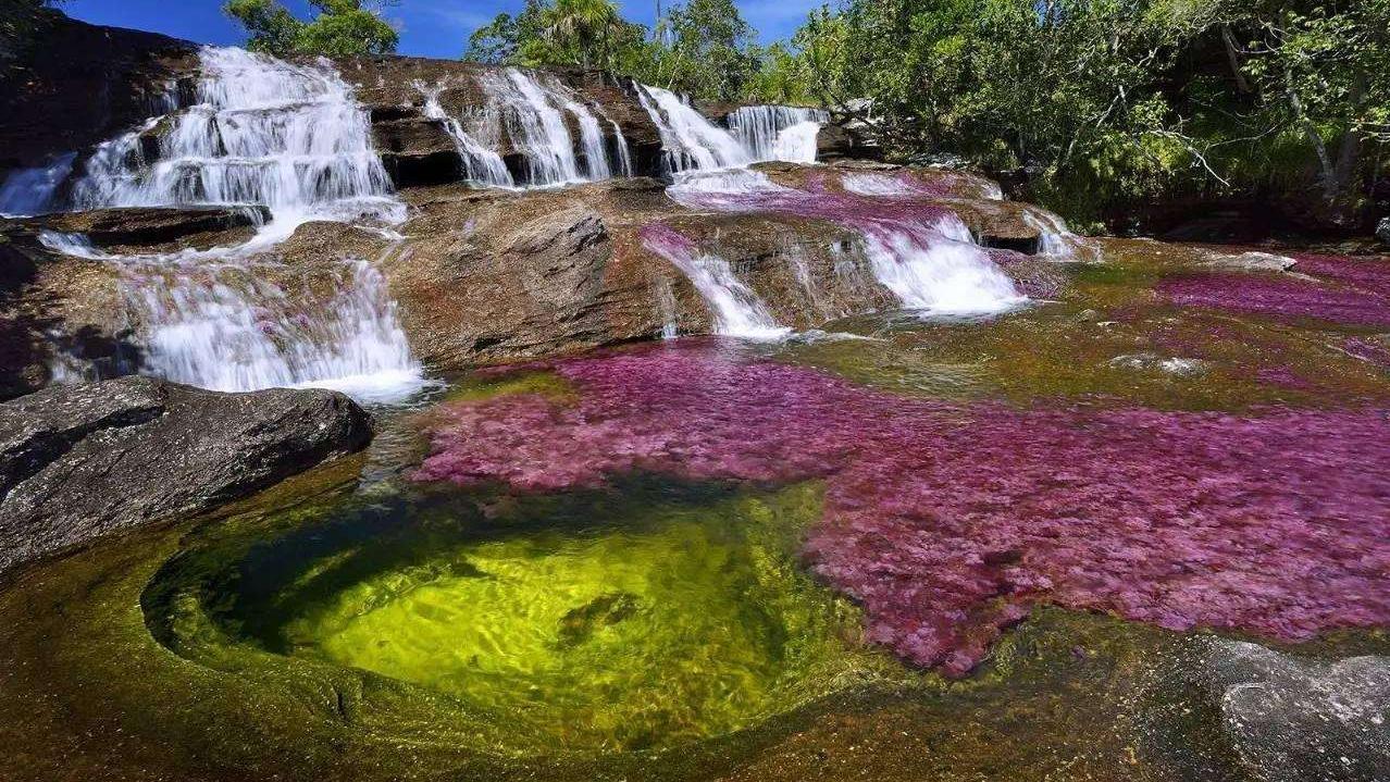 素颜才能参观的五色河,禁止化妆和喷香水,每天只接待200名游客