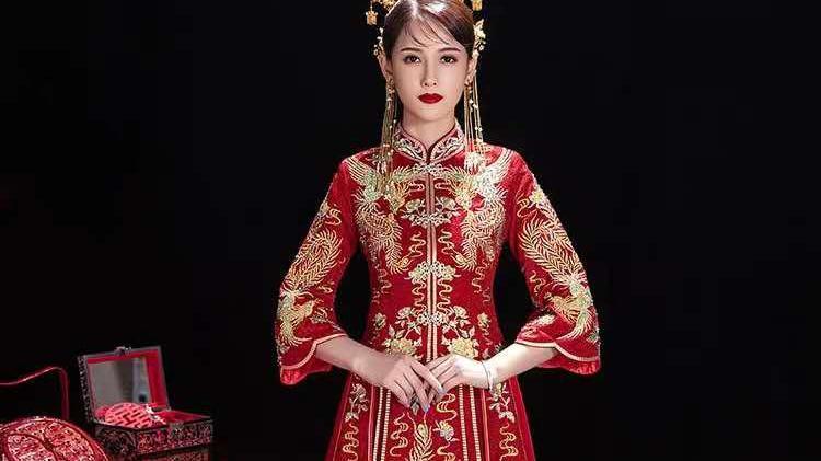 女生究竟应该选择什么样的婚纱礼服?可以选择奇特的,但不要选择另类的