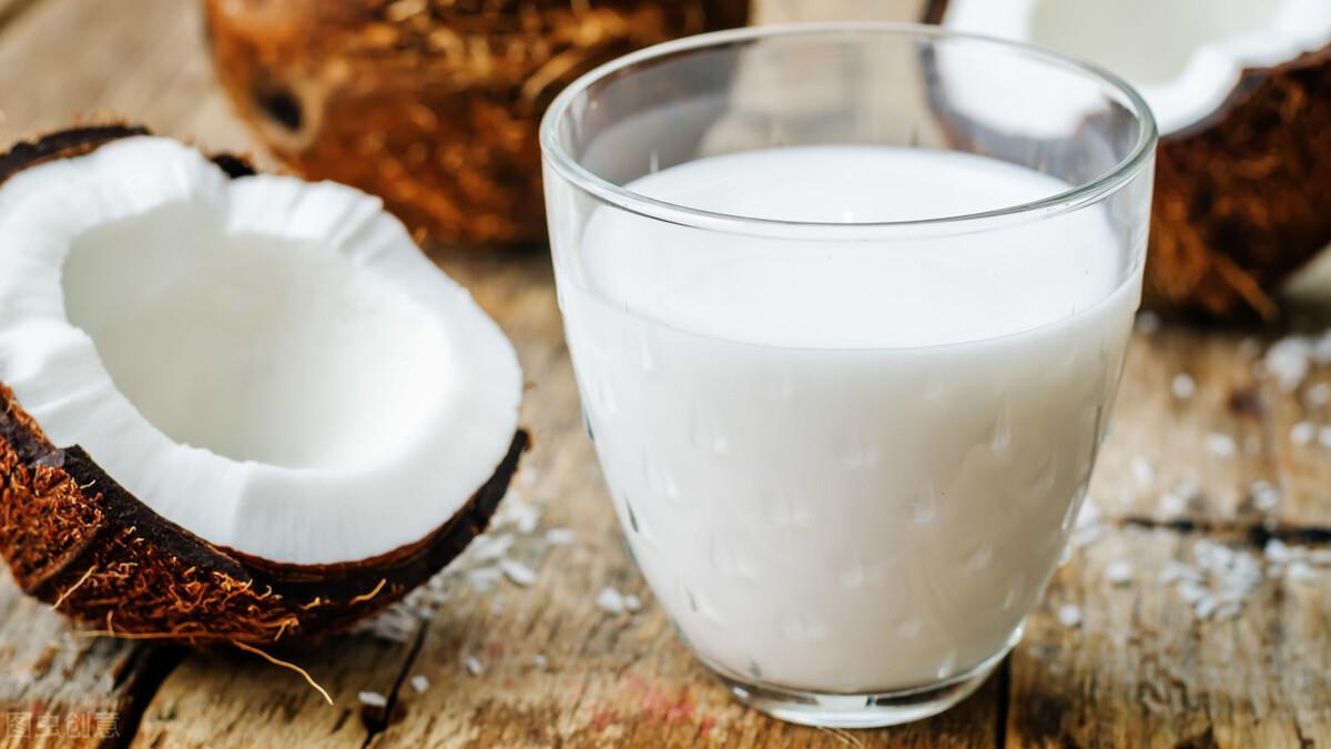 椰奶除了当饮料还能干嘛?做咖喱加椰奶,美味无法言说