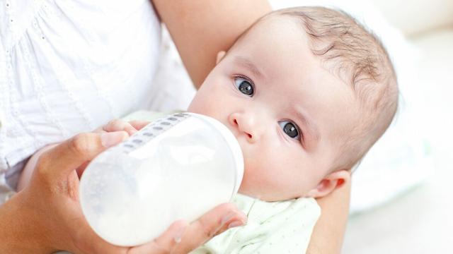 原创丨新手父母看过来!如何挑选婴幼儿奶粉?