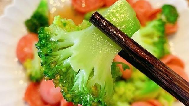 """绝大多数人不知道它叫""""洗肠草"""",冬天多吃,能排出体内垃圾!"""