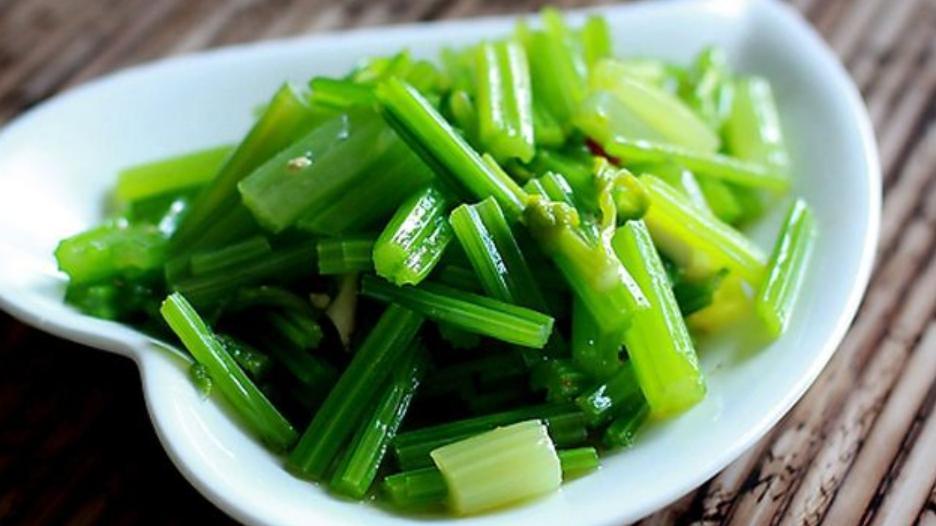 米兰脆芹菜,味美价廉,适用于重要的宴会和聚会