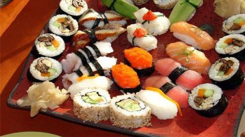 """日本不正经美食,需要穿尿不湿才能吃的,吃完让你""""一泻千里"""""""