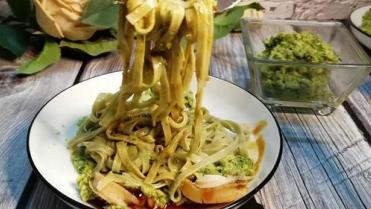 牛油果鲍鱼魔芋面,绿色低脂,既减肥又美味!