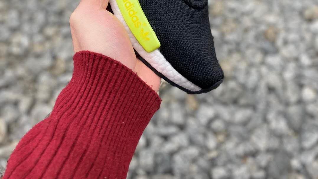 三叶草adidas Originals NMD R1百搭休闲运动跑步鞋