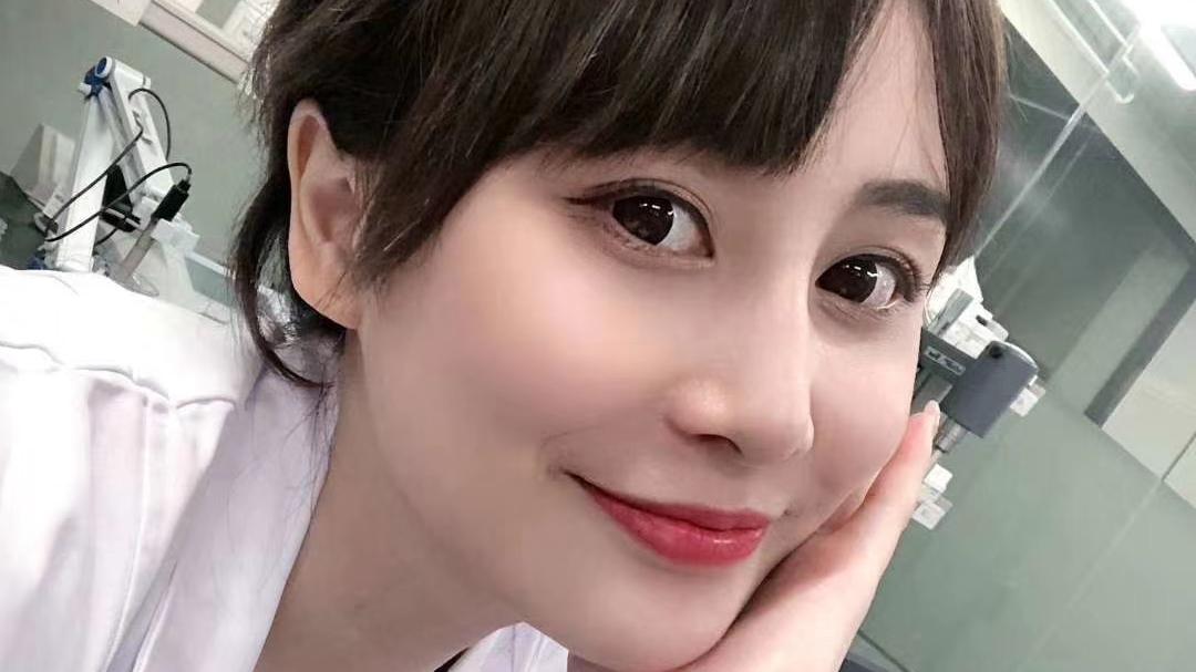 邓婕美肤团队:频繁去角质可导致敏感肌 如何防止角质生成