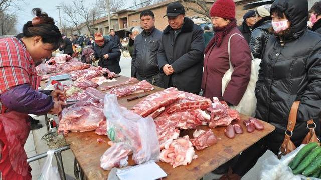 """猪价""""涨1块跌1毛"""",谁的问题?屠企还是养户?附:1月18日猪价"""