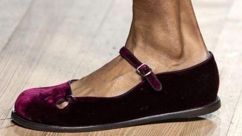 2020鞋款:Michael Kors让马术长靴回归、Marc Jacobs续复古情怀