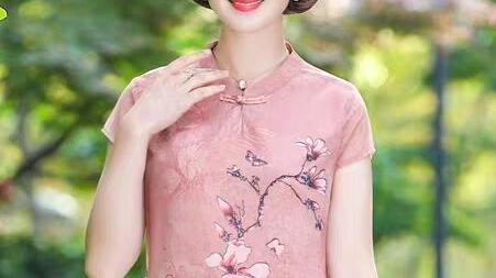 中国风泪滴口立领小半袖连衣裙裁剪图,结合着视频做