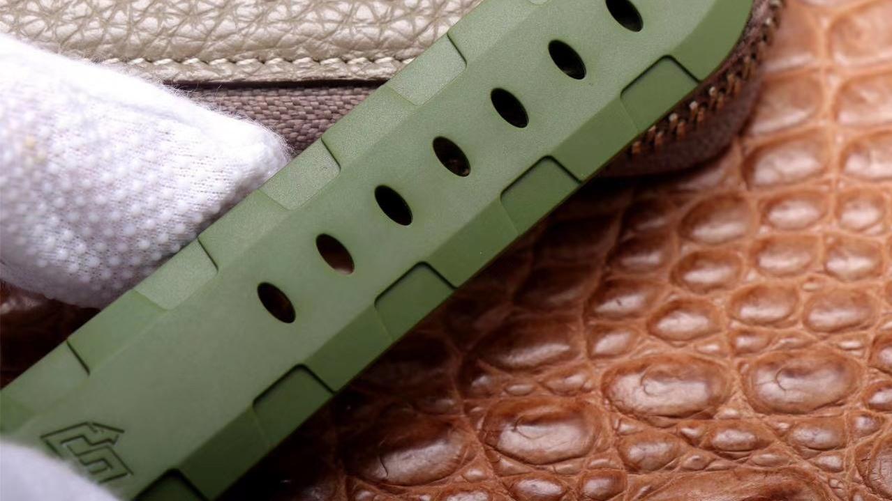 Siri说表:VS复刻表沛纳海1055军绿色腕表