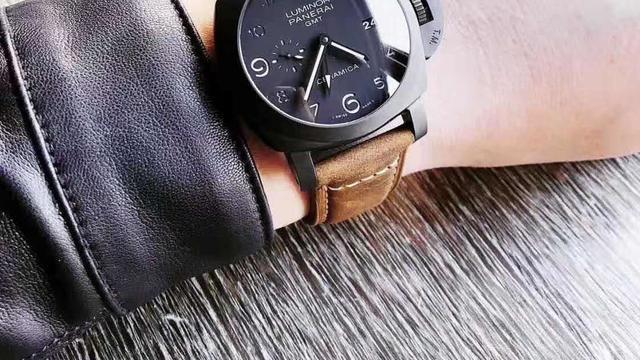Siri说表:三十而立,选择什么样手表佩戴?