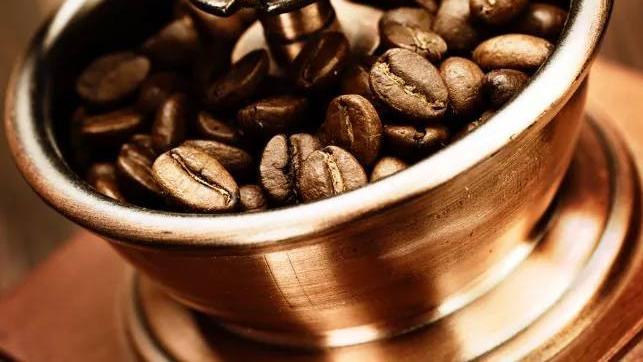 星巴克推出人造肉!看看它是怎么从咖啡豆里研磨出黄金的