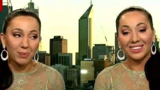 澳洲双胞胎姐妹共享一个男友!穿衣时髦身材火辣,想同一时间受孕