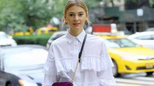 """时髦减龄又显瘦,上班族和""""懒人""""必备的简易单品——衬衫裙"""