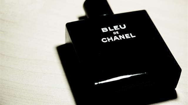 香奈儿停产、Gucci零订单、LV造洗手液……疫情下的奢侈品行业之殇