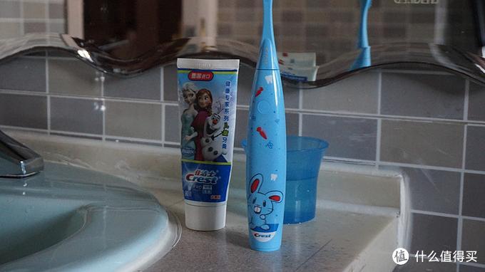 牙齿健康孩子才会保持微笑-佳洁士Crest S7000K儿童电动牙刷评测