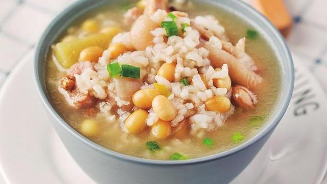 煮粥时加入这种食材,不仅给粥带来肉香,还能补充满满的胶原蛋白